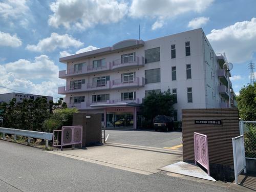 介護老人保健施設大阪緑ヶ丘の写真1