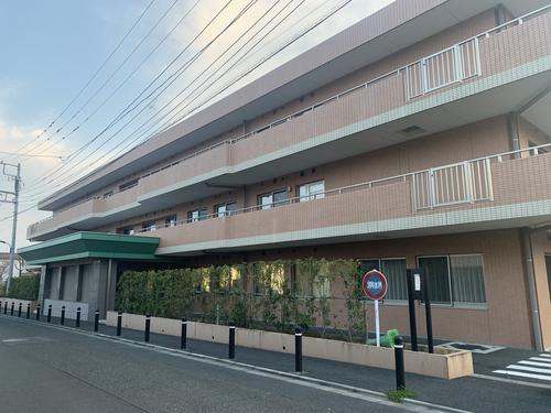 特別養護老人ホーム高ケ坂ひかり苑の写真1