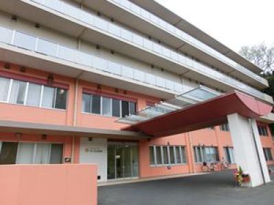 鶴川記念病院の写真1