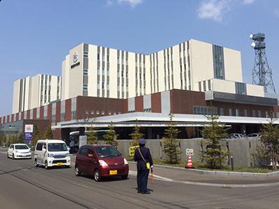 勤医協中央病院の写真1